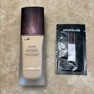 Hourglass Vanish Seamless Foundation - Porcelain